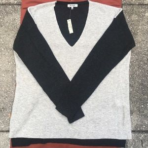 MADEWELL Gray & Black SWEATER Knit PULLOVER M NWT